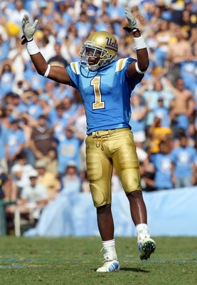 PASADENA, CA - OCTOBER 20:  Alterraun Verner #1 of the UCLA Bruins reacts during the second half against the California Golden Bears at the Pasadena Rose Bowl October 20, 2007 in Pasadena, California.  (Photo by Lisa Blumenfeld/Getty Images)