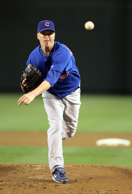 PHOENIX - JULY 05:  Pitcher Tom Gorzelanny #32 of the Chicago Cubs pitches against the Arizona Diamondbacks during the Major League Baseball game at Chase Field on July 5, 2010 in Phoenix, Arizona.  (Photo by Christian Petersen/Getty Images)