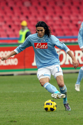 NAPLES, ITALY - DECEMBER 19:  Edinson Cavani of SSC Napoli in action during the Serie A match between Napoli and Lecce at Stadio San Paolo on December 19, 2010 in Naples, Italy.  (Photo by Gabriele Maltinti/Getty Images)