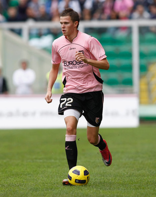 PALERMO, ITALY - OCTOBER 31:  Josip Ilicic of Palermo runs with the ball during the Serie A match Palermo and Lazio at Stadio Renzo Barbera on October 31, 2010 in Palermo, Italy.  (Photo by Maurizio Lagana/Getty Images)