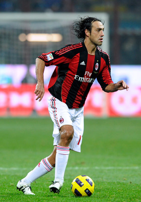 MILAN, ITALY - NOVEMBER 14:  Alessandro Nesta of AC Milan in action during the Serie A match between FC Inter and AC Milan at Stadio Giuseppe Meazza on November 14, 2010 in Milan, Italy.  (Photo by Claudio Villa/Getty Images)