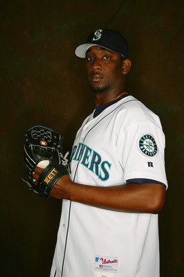 PEORIA, AZ - FEBRUARY 27:  Rafael Soriano of the Seattle Mariners poses for a portrait during the Seattle Mariners Photo Day at Peoria Stadium on February 27, 2005 in Peoria, Arizona. (Photo by Lisa Blumenfeld/Getty Images)