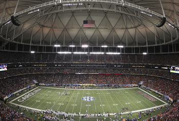 ATLANTA - DECEMBER 4:  General view of Georgia Dome during the 2010 SEC Championship between the Auburn Tigers and South Carolina Gamecocks on December 4, 2010 in Atlanta, Georgia. (Photo by Mike Zarrilli/Getty Images)