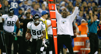 INDIANAPOLIS, IN - DECEMBER 19: Mike Thomas #80 of the Jacksonville Jaguars runs back a kick off return for a touchdown against the Indianapolis Colts at Lucas Oil Stadium on December 19, 2010 in Indianapolis, Indiana.  (Photo by Scott Boehm/Getty Images)
