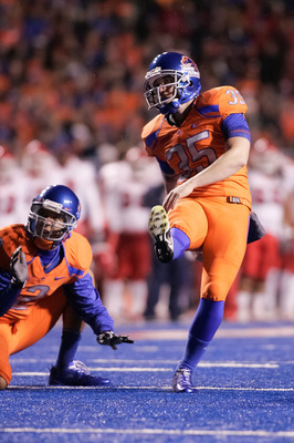 BOISE, ID - NOVEMBER 19:  Kyle Brotzman #35 of the Boise State Broncos kicks an extra point against the Fresno State Bulldogs at Bronco Stadium on November 19, 2010 in Boise, Idaho.  On his next kick Brotzman would break the Boise State all-time scoring r