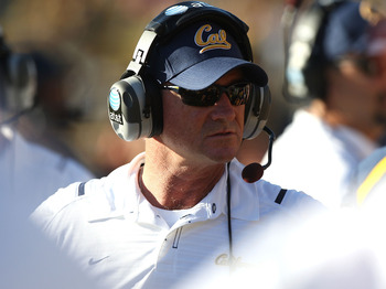 BERKELEY, CA - OCTOBER 24:  Head coach Jeff Tedford of the California Golden Bears looks on against the Washington State Cougars at California Memorial Stadium on October 24, 2009 in Berkeley, California.  (Photo by Jed Jacobsohn/Getty Images)