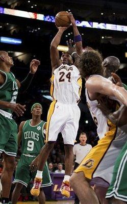Kobeceltics_display_image