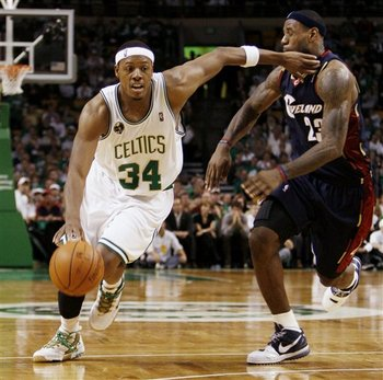 Paul-pierce-lebron-james-747b6e1d0770ae3f_display_image