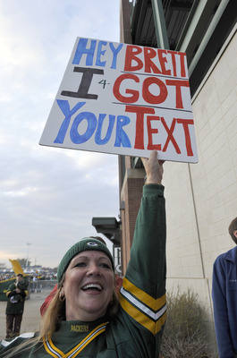 GREEN BAY, WI - OCTOBER 24:  A fan holds a sign as Brett Favre and the Minnesota Vikings arrive at Lambeau Field on October 24, 2010 in Green Bay, Wisconsin. (Photo by Jim Prisching/Getty Images)