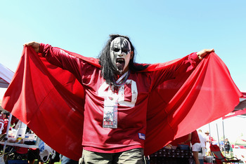 GLENDALE, AZ - SEPTEMBER 26:   A fan of the Arizona Cardinals wearing a 'Kiss' mask poses before the NFL game against the Oakland Raiders at the University of Phoenix Stadium on September 26, 2010 in Glendale, Arizona.  (Photo by Christian Petersen/Getty