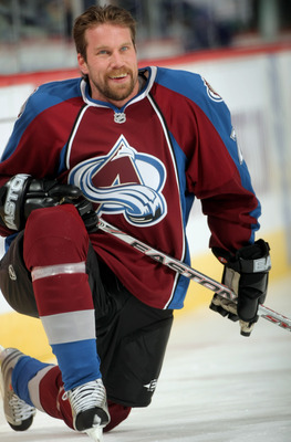 DENVER - MARCH 04:  Peter Forsberg #21 of the Colorado Avalanche takes the ice for the first time since rejoining the team as they warm up prior to facing the Vancouver Canucks at the Pepsi Center March 4, 2008 in Denver, Colorado.  (Photo by Doug Pensing