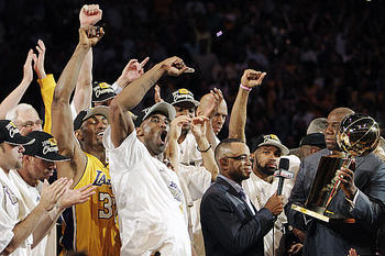 Lakers-parade_display_image
