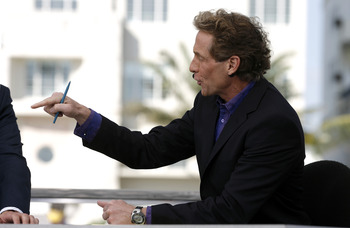 Cold Pizza host Skip Bayless on the ESPN set in Miami, Florida on February 1, 2007. (Photo by Allen Kee/Getty Images) *** Local Caption ***