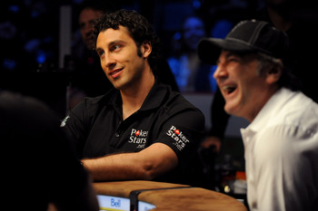 LAS VEGAS - JUNE 17:  Vancouver Canucks goaltender Roberto Luongo participates in the NHL Charity Shootout at the World Series of Poker at the Rio Hotel & Casino in Las Vegas, Nevada on June 17, 2009.  (Photo by Harry How/Getty Images)