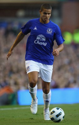 LIVERPOOL, ENGLAND - AUGUST 04: Jack Rodwell of Everton during the pre-season friendly match between Everton and Everton Chile at Goodison Park on August 4, 2010 in Liverpool, England.  (Photo by Alex Livesey/Getty Images)