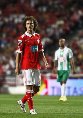 PORTUGAL - AUGUST 28:  David Luiz of Benfica looks on during the Portuguese Liga match between Benfica and Vitoria Setubal at Luz Stadium on August 28, 2010 in Lisbon, Portugal.  (Photo by Patricia de Melo/EuroFootball/Getty Images)