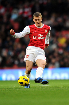 LONDON, ENGLAND - DECEMBER 04:  Jack Wilshere of Arsenal in action during the Barclays Premier League match between Arsenal and Fulham at the Emirates Stadium on December 4, 2010 in London, England.  (Photo by Mike Hewitt/Getty Images)