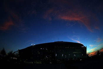 ARLINGTON, TX - DECEMBER 19:  A general view as the sun sets over Cowboys Stadium on December 19, 2010 in Arlington, Texas.  (Photo by Ronald Martinez/Getty Images)