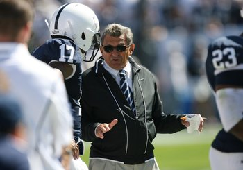 STATE COLLEGE, PA - SEPTEMBER 19: Head coach Joe Paterno of the Penn State Nittany Lions coaches on the sideline during a game against the Temple Owls on September 19, 2009 at Beaver Stadium in State College, Pennsylvania. (Photo by Hunter Martin/Getty Im