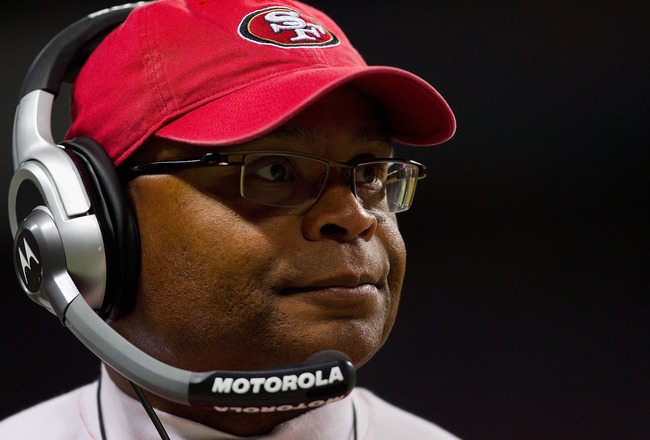 ST. LOUIS, MO - DECEMBER 26: Head coach Mike Singletary of the San Francisco 49ers looks on from the sideline at the Edward Jones Dome on December 26, 2010 in St. Louis, Missouri. The Rams beat the 49ers 25-17. (Photo by Dilip Vishwanat/Getty Images)