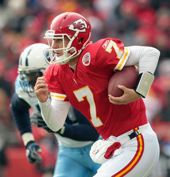 KANSAS CITY, MO - DECEMBER 26:  Quarterback Matt Cassel #7 of the Kansas City Chiefs scrambles during the game against the Tennessee Titans on December 26, 2010 at Arrowhead Stadium in Kansas City, Missouri.  (Photo by Jamie Squire/Getty Images)