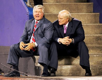 EAST RUTHERFORD, NJ - AUGUST 17: FOX NFL Commentators Jimmy Johnson (left) and Terry Bradshaw talk on the sideline during the Kansas City Chiefs game against the New York Giants at Giant Stadium on August 17, 2006 in East Rutherford, New Jersey. (Photo by