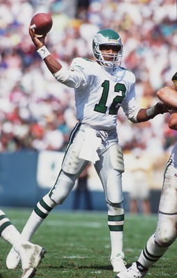 12 SEP 1993:  PHILADELPHIA QUARTERBACK RANDALL CUNNINGHAM THROWS DURING THE EAGLES 20-17 VICTORY OVER THE GREEN BAY PACKERS IN GREEN BAY. Mandatory Credit: Jonathan Daniel/ALLSPORT