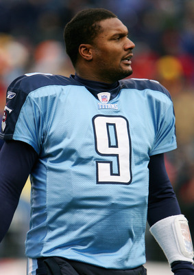 NASHVILLE, TN - DECEMBER 11:  Steve McNair #9 of the Tennessee Titans stands on the sideline during the game with the Houston Texans on December 11, 2005 at the Coliseum in Nashville, Tennessee. The Titans won 13-10. (Photo by Scott Halleran/Getty Images)