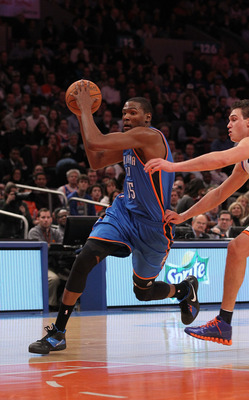 NEW YORK - DECEMBER 22:  Kevin Durant #35 of the Oklahoma City Thunder in action against the New York Knicks at Madison Square Garden on December 22, 2010 in New York, New York.   NOTE TO USER: User expressly acknowledges and agrees that, by downloading a