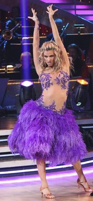 Erin-andrews-dancing-with-the-stars-purple-240ls050510_display_image