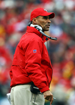 KANSAS CITY, MO - NOVEMBER 23:  Head coach Herm Edwards of the Kansas City Chiefs looks on from the sidelines during the game against the Buffalo Bills on November 23, 2008 at Arrowhead Stadium in Kansas City, Missouri.  (Photo by Jamie Squire/Getty Image
