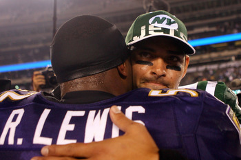 EAST RUTHERFORD, NJ - SEPTEMBER 13:  Ray Lewis #52 of the Baltimore Ravens talks to Mark Sanchez #6 of the New York Jets after defeating the New York Jets in their home opener at the New Meadowlands Stadium on September 13, 2010 in East Rutherford, New Je
