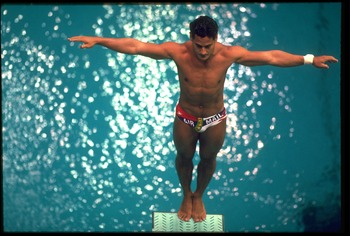 20 SEP 1988:  GREG LOUGANIS OF THE UNITED STATES SETS HIMSELF BEFORE ATTEMPTING A DIVE DURING THE SPRINGBOARD EVENT AT THE 1988 SEOUL OLYMPICS. LOUGANIS WON THE GOLD MEDAL WITH A TOTAL SCORE OF 730.80 POINTS.