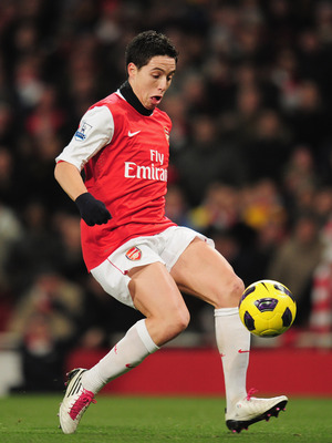 LONDON, ENGLAND - DECEMBER 27: Samir Nasri of Arsenal in action during the Barclays Premier League match between Arsenal and Chelsea at the Emirates Stadium on December 27, 2010 in London, England.  (Photo by Shaun Botterill/Getty Images)