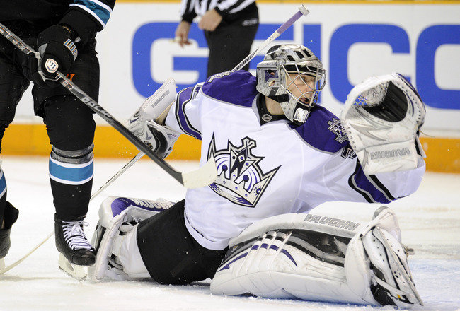 SAN JOSE, CA - DECEMBER 27:  Goalie Jonathan Quick #32 of the Los Angeles Kings make a save in the second period against the San Jose Sharks during an NHL hockey game at the HP Pavilion on December 27, 2010 in San Jose, California. (Photo by Thearon W. He