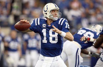 INDIANAPOLIS - DECEMBER 30: Peyton Manning #18 of the Indianapolis Colts passes the ball during the NFL game against the Tennessee Titans on December 30, 2007 at the RCA Dome in Indianapolis, Indiana. (Photo by Andy Lyons/Getty Images)