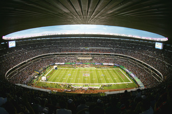 MEXICO CITY - OCTOBER 2:  Estadio Azteca is shown during the Arizona Cardinals game against the San Francisco 49ers on October 2, 2005 in Mexico City, Mexico. The Cards defeated the Niners 31-14.  (Photo by Robert Laberge/Getty Images)