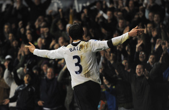 LONDON, ENGLAND - DECEMBER 28:  Gareth Bale of Tottenham Hotspur celebrates his team's second goal during the Barclays Premier League match between Tottenham Hotspur and Newcastle United at White Hart Lane on December 28, 2010 in London, England.  (Photo