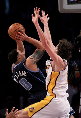 LOS ANGELES, CA - MAY 02:  Deron Williams #8 of the Utah Jazz shoots against Pau Gasol #16 of the Los Angeles Lakers during Game One of the Western Conference Semifinals of the 2010 NBA Playoffs on May 2, 2010 at Staples Center in Los Angeles, California.