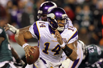 PHILADELPHIA, PA - DECEMBER 28: Joe Webb #14 of the Minnesota Vikings looks to run against the Philadelphia Eagles at Lincoln Financial Field on December 28, 2010 in Philadelphia, Pennsylvania. (Photo by Jim McIsaac/Getty Images)