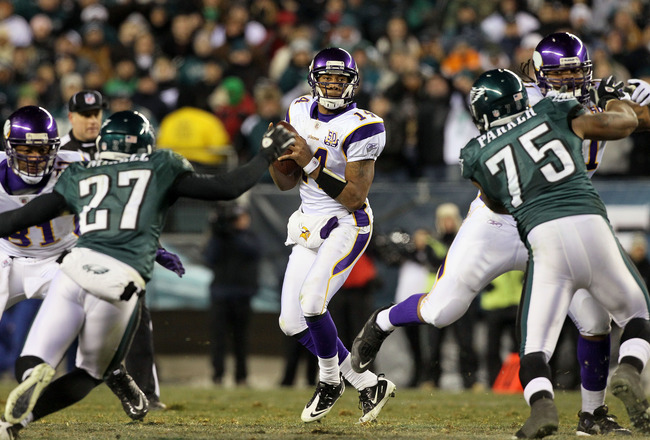 PHILADELPHIA, PA - DECEMBER 28:  Joe Webb #14 of the Minnesota Vikings in action against the Philadelphia Eagles at Lincoln Financial Field on December 26, 2010 in Philadelphia, Pennsylvania.  (Photo by Jim McIsaac/Getty Images)