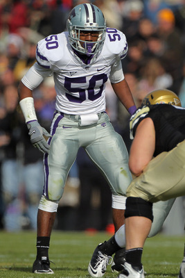 BOULDER, CO - NOVEMBER 20:  Linebacker Tre Walker #50 of the Kansas State Wildcats defends against the Colorado Buffaloes at Folsom Field on November 20, 2010 in Boulder, Colorado. Colorado defeated Kansas State 44-36.  (Photo by Doug Pensinger/Getty Imag
