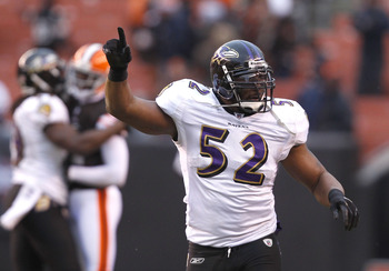 CLEVELAND - DECEMBER 26:  Linebacker Ray Lewis #52 of the Baltimore Ravens celebrates as he leaves the field after their game against the Cleveland Browns at Cleveland Browns Stadium on December 26, 2010 in Cleveland, Ohio.  (Photo by Matt Sullivan/Getty