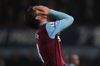 LONDON, ENGLAND - DECEMBER 28:  Scott Parker of West Ham United reacts after the Barclays Premier League match between West Ham United and Everton at the Boleyn Ground on December 28, 2010 in London, England.  (Photo by Scott Heavey/Getty Images)