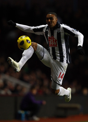 BIRMINGHAM, ENGLAND - DECEMBER 11:  Jerome Thomas of West Brom in action during the Barclays Premier League match between Aston Villa and West Bromwich Albion at Villa Park on December 11, 2010 in Birmingham, England.  (Photo by Richard Heathcote/Getty Im
