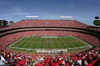 KANSAS CITY, MO - SEPTEMBER 26:  A general view of the stadium during the game between the Houston Texans and the Kansas City Chiefs at Arrowhead Stadium on September 26, 2004 in Kansas City, Missouri. The Texans won 24-21. (Photo by Donald Miralle/Getty