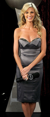 LOS ANGELES, CA - JULY 15:  ***EXCLUSIVE*** ESPN reporter Erin Andrews poses backstage during the 2009 ESPY awards held at Nokia Theatre LA Live on July 15, 2009 in Los Angeles, California. The 17th annual ESPYs will air on Sunday, July 19 at 9PM ET on ES
