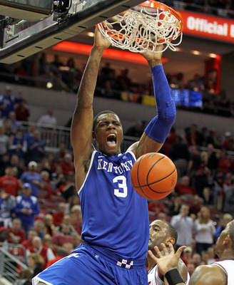 LOUISVILLE, KY - DECEMBER 31: Terrence Jones #3 of the Kentucky Wildcats dunks the ball during the game against the Louisville Cardinals at the KFC Yum! Center on December 31, 2010 in Louisville, Kentucky. Kentucky won 78-63.  (Photo by Andy Lyons/Getty I