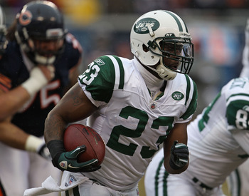 CHICAGO, IL - DECEMBER 26: Shonn Greene #23 of the New York Jets runs against the Chicago Bears at Soldier Field on December 26, 2010 in Chicago, Illinois. The Bears defeated the Jets 38-34. (Photo by Jonathan Daniel/Getty Images)