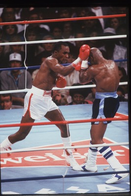 APRIL 1987: Sugar Ray Leonard throws a punch at Marvin Hagler during their bout at Caesars Palace in Las Vegas, Nevada on April 6, 1987. Mandatory Credit: Mike Powell/ALLSPORT